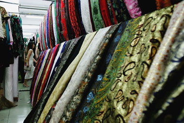 GST: Textile industry pitches for lower rates on man-made, synthetic fibre at 12%
