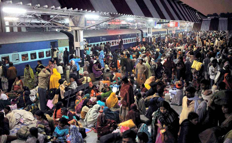 The Allahabad station before the stampede where an estimated 4,000 persons were waiting for trains. PTI