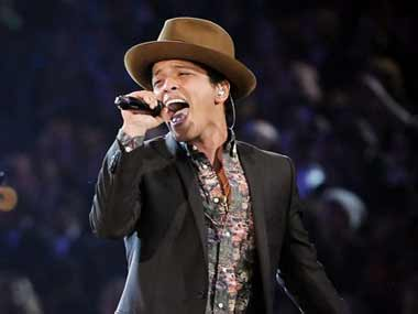 AMAs 2017: Bruno Mars sweeps top honours; Despacito wins Best Song title
