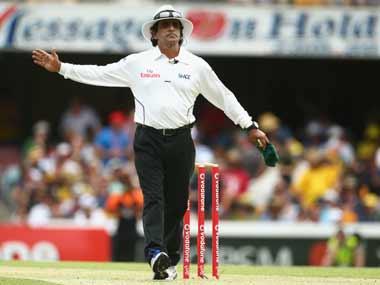IPL spot-fixing: Did Umpire Asad Rauf receive expensive gifts from bookies?