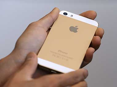 Apple's iPhone 5s gold version. Getty Images