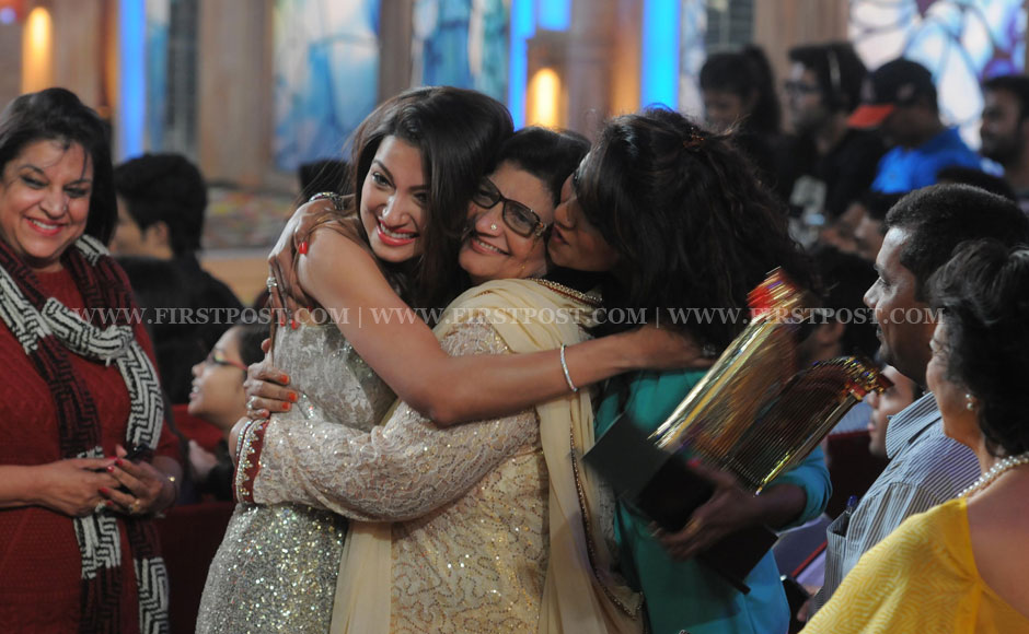 After a long stay away from her family, Gauhar looked really happy to