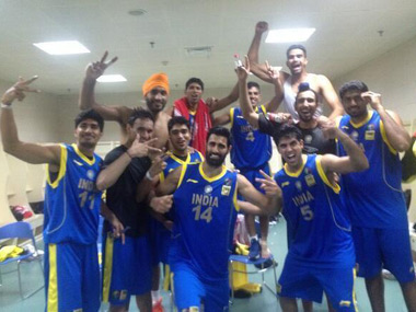 India's victorious basketball team. (Image from Twitter)