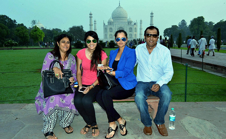 Photos: Sania Mirza visits Taj Mahal with family and police in tow ...