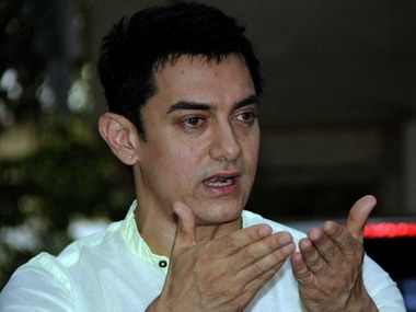 Felt relaxed, secure working with Sanjay Dutt on PK: Aamir
