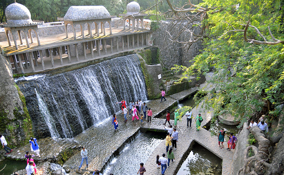 Mosaic sculptures to handcrafted waterfalls: Chandigarh's ...