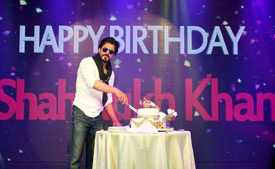 Happy Birthday King Khan! Shah Rukh turns 50 in style, celebrates with ...
