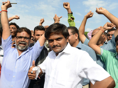 Jat stir finds echo in Gujarat: BJP MP talks with Hardik  Patel seeking compromise