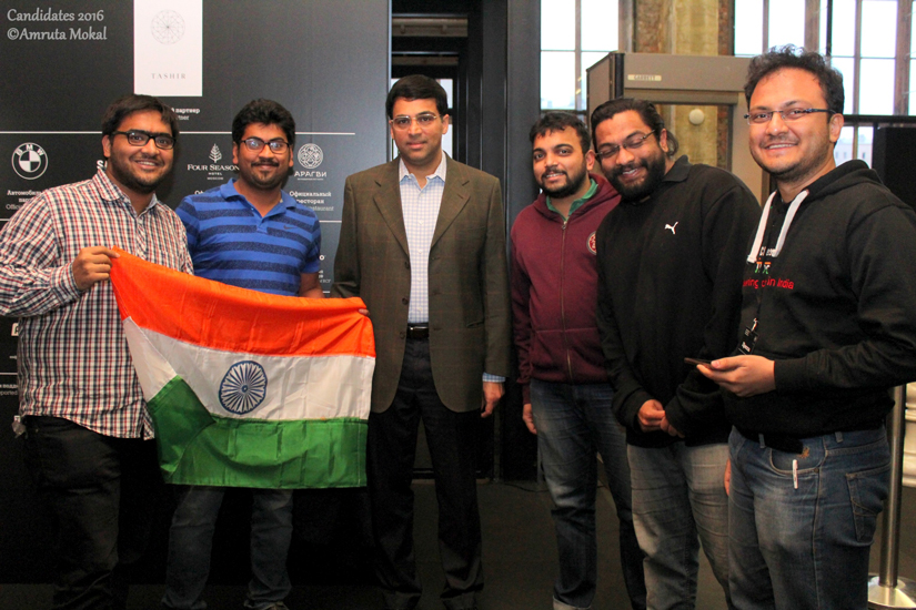 Viswanathan Anand with fans at the Central Telegraph building, the venue for the event, in Moscow on Saturday. Amruta Mokal