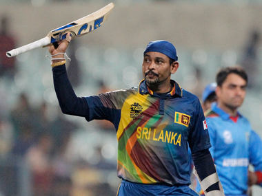 Sri Lanka's Tillakaratne Dilshan acknowledges the crowd after scoring a half-century. AP