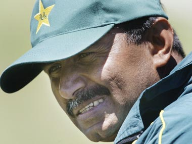 Look who is talking: Why hypocrite Miandad should let Shahid Afridi bat for India
