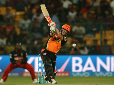 IPL 2016, Sunrisers Hyderabad vs Mumbai Indians as it happened: Warner powers SRH to first win
