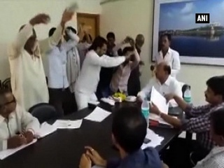 Watch: To protest against officials' apathy, Buldhana locals perform 'Nagin dance'