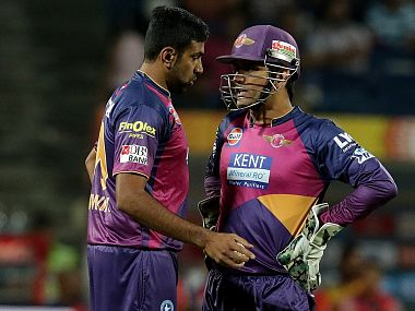IPL 2016, RPS vs SRH as it happened: Nehra outsmarts Dhoni, Hyderabad win thriller!