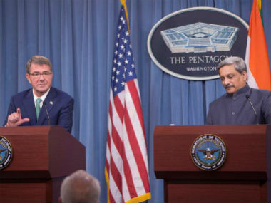 File image of Defence Minister Manohar Parrikar with Defence Secretary Ash Carter at a joint news conference at the Pentagon. News18