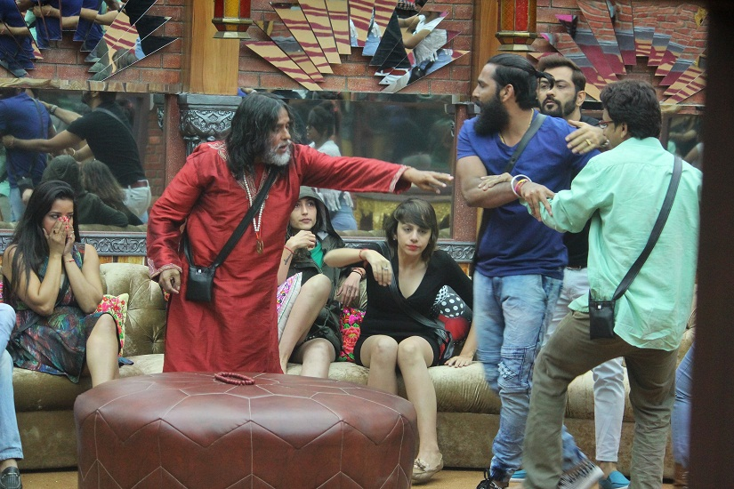 Bigg Boss 10 Episode 11 27th October 2016 Preview Infighting Among Indiawale Peaks Firstpost