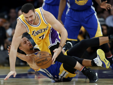 Steph Curry suffered a disappointing end to his 3-point streak against the Lakers. AP