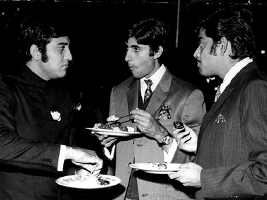Image result for vinod khanna with amitabh rajesh