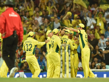 Australian cricketers get Federation of International Cricketers' Associations backing in pay dispute with CA