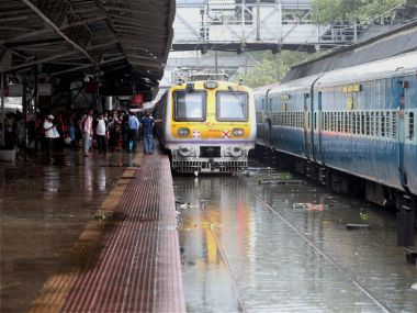 Mumbai rains as it happened: 6 inter-city trains, 108 flights cancelled due to inclement weather
