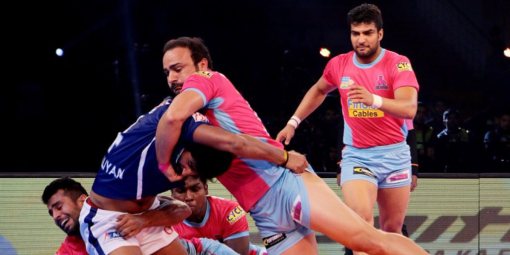 Pro Kabaddi League 2017: Jaipur Pink Panthers' all-round performance helps them beat Dabang Delhi