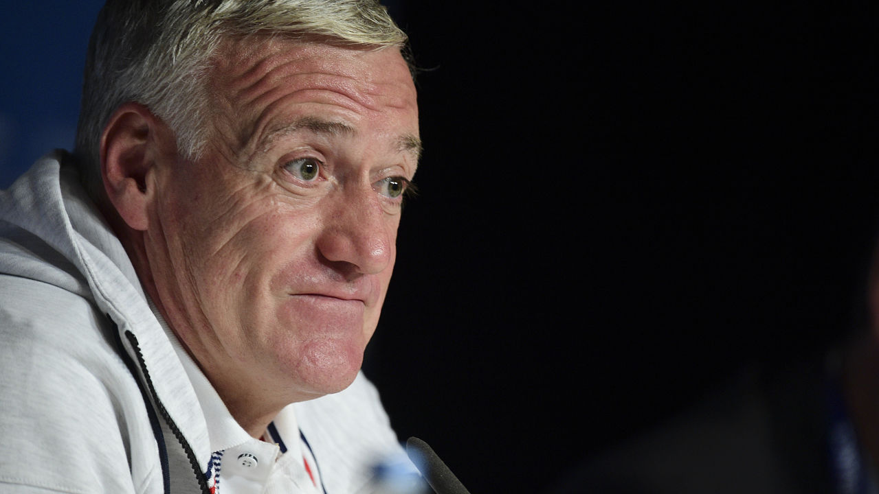 didier deschamps agrees contract extension set to remain. Black Bedroom Furniture Sets. Home Design Ideas
