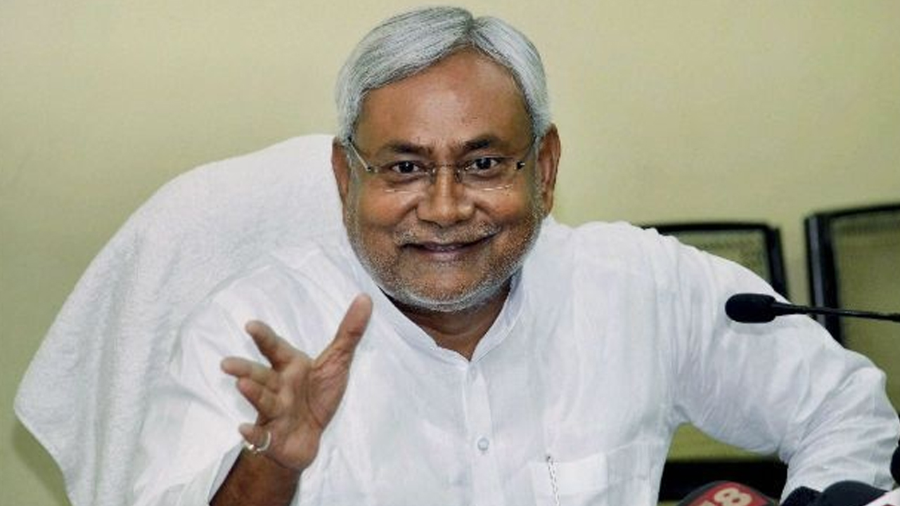 Nitish Kumar calls for meaningful debate on introducing job