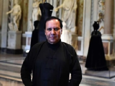 Fashion designer Azzedine Alaïa dubbed 'King of Cling' passes away aged 82