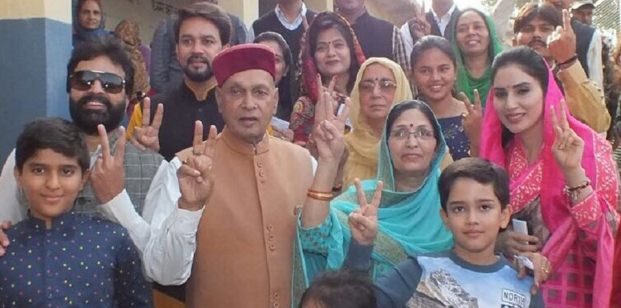 Himachal Pradesh Assembly Election 2017 highlights: Around 74% voter turnout till 5pm; BJP, Congress each claim thumping win