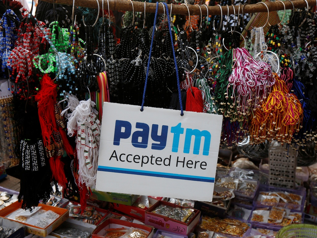 An advertisement of Paytm at a road side stall. Image: Reuters