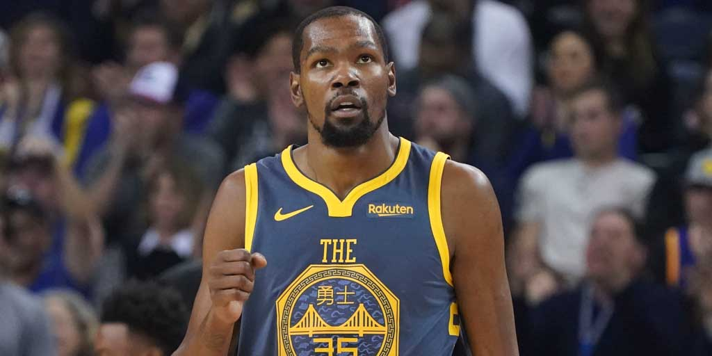 c20999fcd5c NBA  Golden State Warriors  Kevin Durant lashes out at media amid reports  linking him to New York Knicks - Firstpost