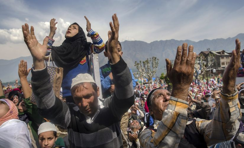 Kashmir after Article 370: Cut off from the rest of India