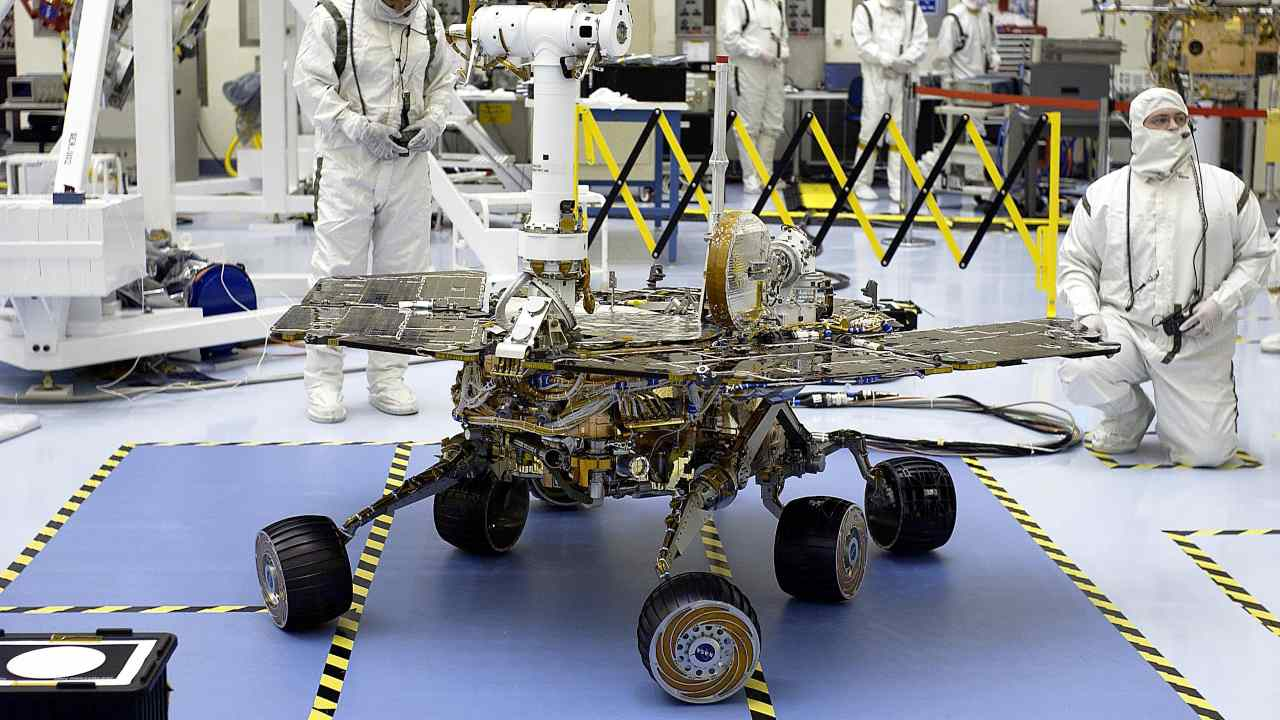 The Mars Exploration Rover-2 (MER-2) during testing for mobility and maneuverability. Image: NASA