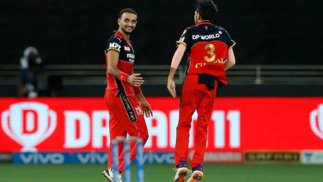 After the initial wicket, RCB's bowlers went to town, taking wickets with ease. Harshal Patel was probably the pick of the bunch, as he dismissed Hardik Pandya, Kieron Pollard and Rahul Chahar in successive deliveries to bag a hat-trick. He also got the wicket of Adam Milne to take his tally for the evening to 4 wickets. SportzPics