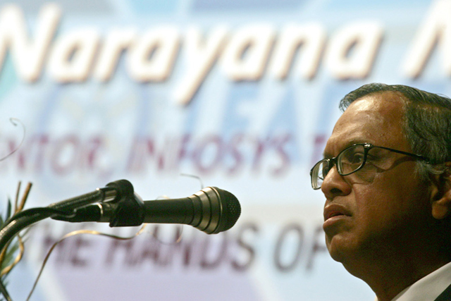 Narayana Murthy close to entering into e-commerce JV with Amazon